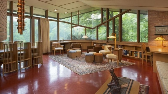 Luxury Real Estate: A Spectacularly Preserved Home by Frank Lloyd Wright & A Colorado Estate with a Star-Studded Past