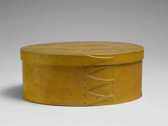 Oval Box, American, 1800–1900. Maple, pine, 4–11/16 x 11–5/16 x 8–15/16 inches. The Metropolitan Museum of Art, Friends of the American Wing Fund, 1966 (66.10.36a, b) Image: © The Metropolitan Museum of Art, New York.