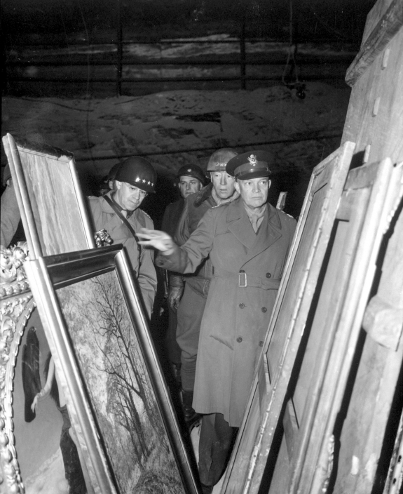 President Eisenhower inspecting looted art.